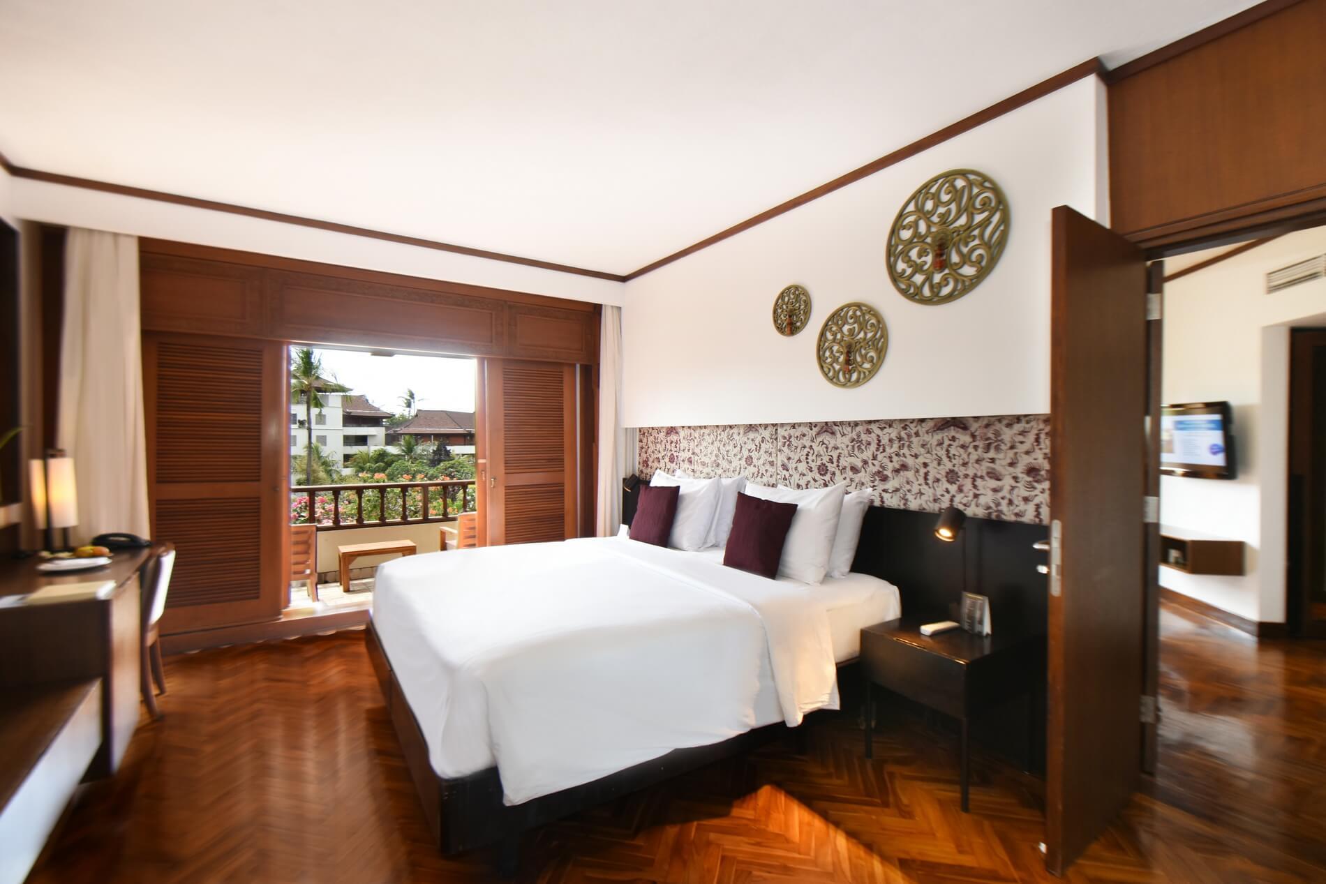 Deluxe Room For 4 Nusa Dua Beach Hotel Spa Bali