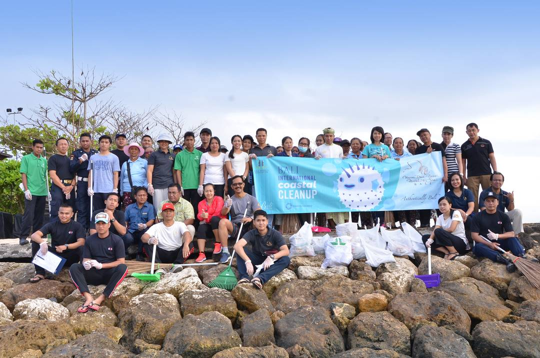 International Coastal Cleanup Day 2018 At Nusa Dua Beach Hotel Spa
